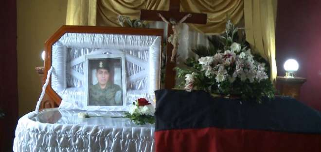 SANTA ROSA, El Oro.- El cuerpo del militar fue hallado en una zona boscosa del cerro San Eduardo. Foto: captura de video