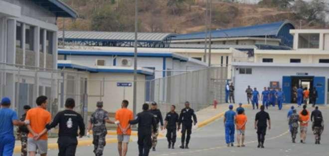 ECUADOR.- Unos 700 agentes de seguridad rechazan una eventual reducción en sus ingresos mensuales. Foto: Archivo