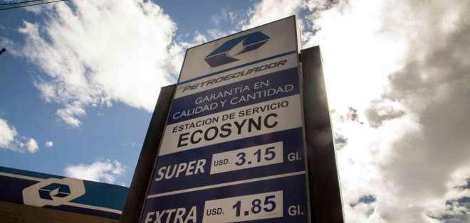 ECUADOR.- Como el precio de la gasolina Súper está liberado y se calcula según el valor internacional del crudo, también subirá.