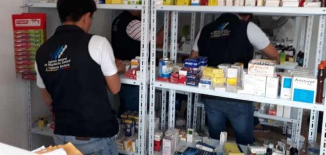 Más de 900 productos irregulares en farmacia de Manabí.