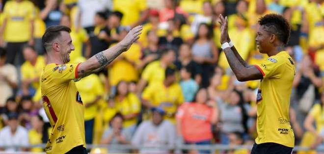Los 'amarillos' superaron 2-1 a los 'orientales' en el estadio Monumental. Foto: API
