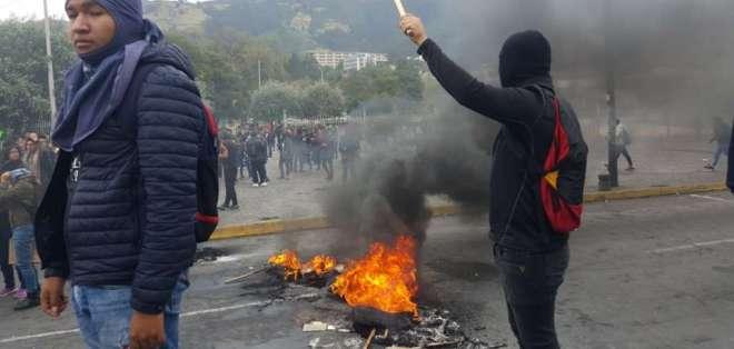 Nuevos precios de combustibles desatan protestas en Ecuador. Foto: API