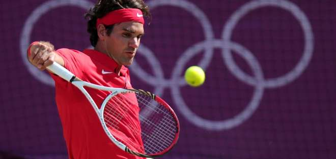 El tenista suizo hizo el anuncio en una exhibición con uno de sus patrocinadores. Foto: CARL COURT / AFP