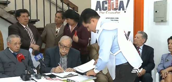 Agrupación busca entregar propuesta a Asamblea para eliminar el CPCCS. Foto: Captura de video