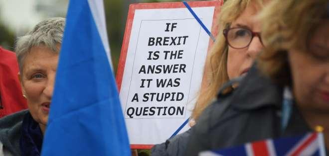 En un referéndum celebrado el 23 de junio de 2016, 52% de los británicos votó a favor de salir de la Unión Europea. Foto: AFP
