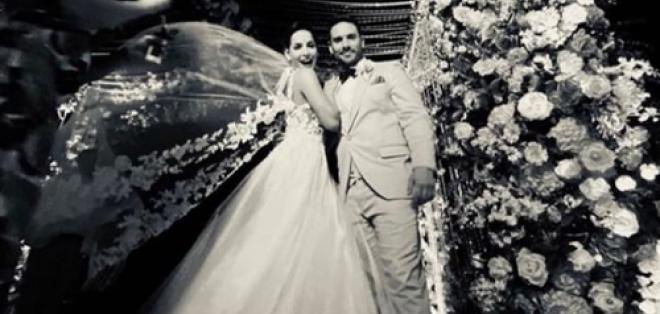 Carmen Villalobos y  Sebastián Caicedo en su boda.