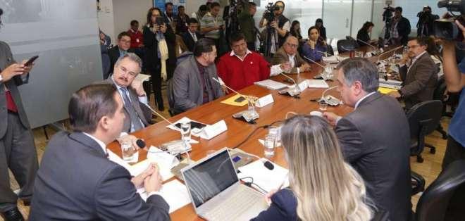 Régimen Económico comenzó a tramitar ley urgente. Foto: Asamblea Nacional