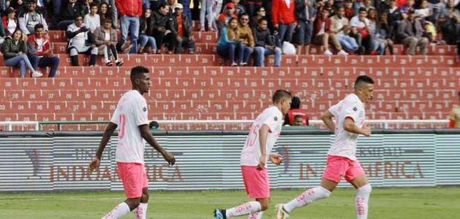 Los 'albos' tendrán algunos cambios en la alineación titular para Copa Ecuador. Foto: API