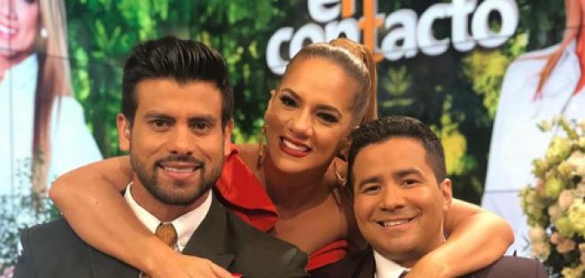 Gaby Pazmiño junto a sus compañeros