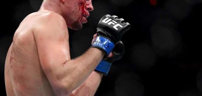 Nate Díaz, en plena pelea.