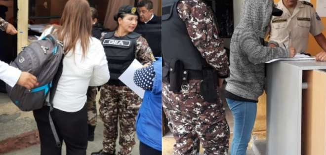 QUITO, Ecuador.- Martínez y Terán salieron con grilletes electrónicos.