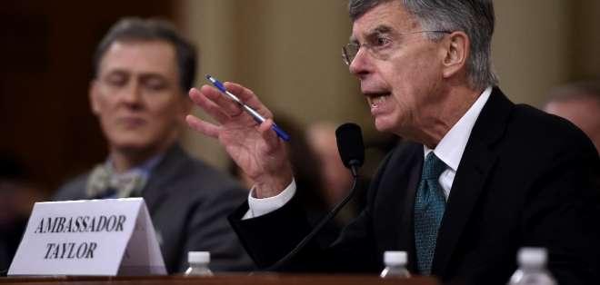 Oposición demócrata acusa al mandatario de abuso para obtener beneficios políticos. Foto: AFP