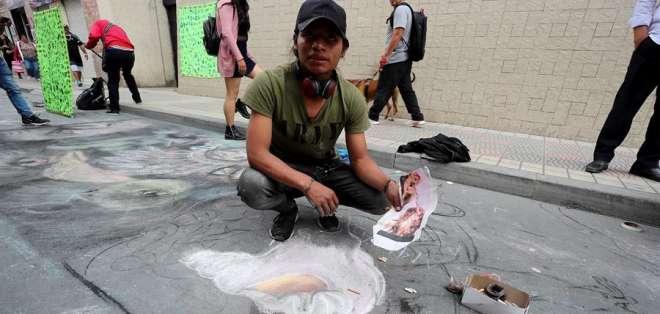 Cientos de artistas nacionales y extranjeros participan en el Festival de las Artes Vivas. Foto: EFE