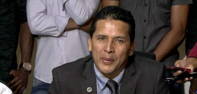 Luis Muentes, directivo principal.