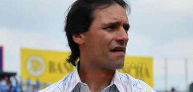 Fabián Bustos, estratega de Delfín SC.