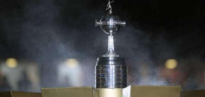 Trofeo de la Copa Libertadores. FOTO: AFP