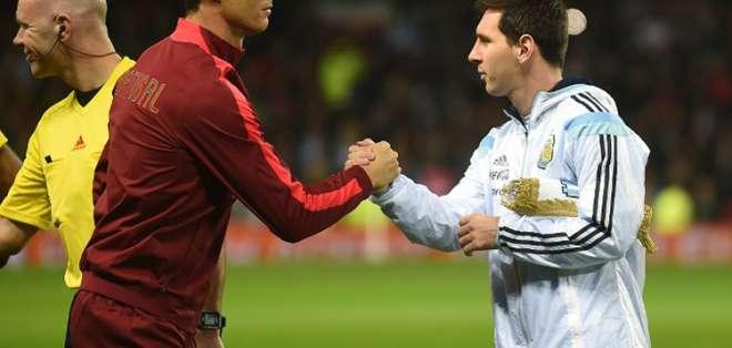 Cristiano Ronaldo y Leo Messi en un partido. FOTO: CONMEBOL