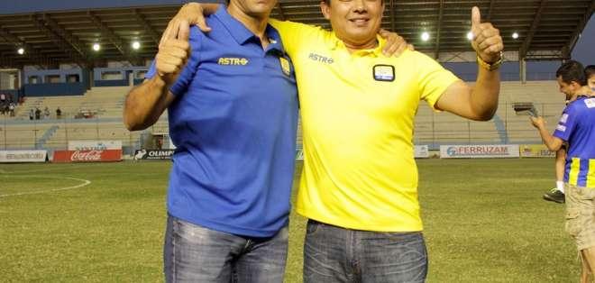 Fabián Bustos, junto a José Delgado.