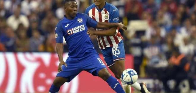 Brayan 'El Cuco' Angulo no anotó goles en su primera temporada con Cruz Azul. Foto: Archivo