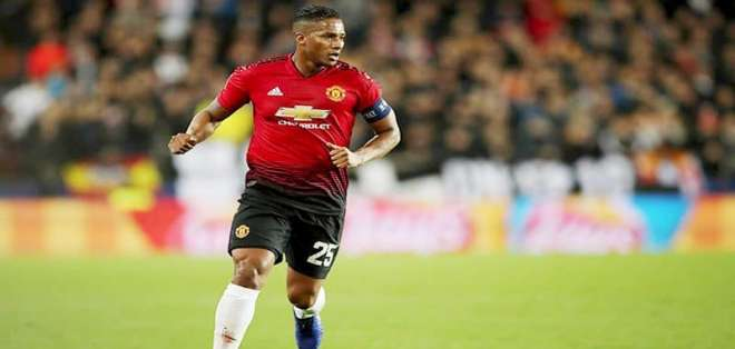 Antonio Valencia en su paso por el Manchester United.