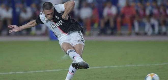 Merih Demiral (21 años), futbolista que apenas tiene espacio en la Juventus.