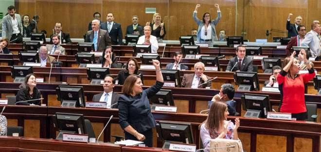 El Legislativo aprobó las reformas con 113 votos, hubo 5 abstenciones y 2 en contra. Foto: Asamblea Nacional