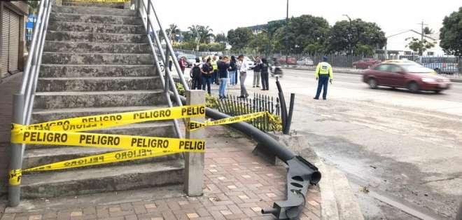 Habilitada la av. de Las Américas, después de colapso de puente. Foto: Redes