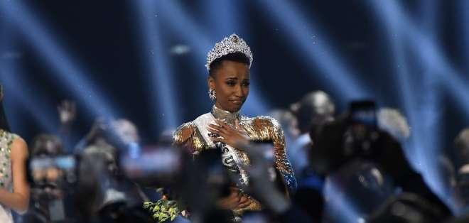 La sudafricana Zozibini Tunzi fue coronada como Miss Universo 2019. Foto: AFP