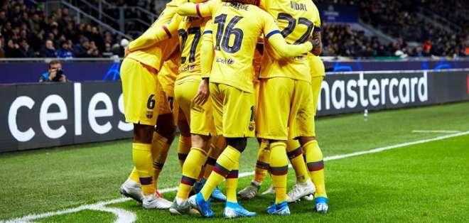 Jugadores del FC Barcelona el tanto de Ansu Fati. Foto: Twitter FC Barcelona.