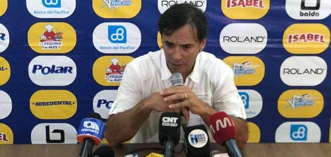 Para Fabián Bustos los árbitros no incidieron en el partido. Foto: Archivo