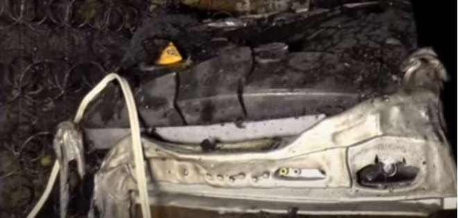 Un rayo habría originado una explosión que incendió en pocos segundos la habitación. Foto: captura de video