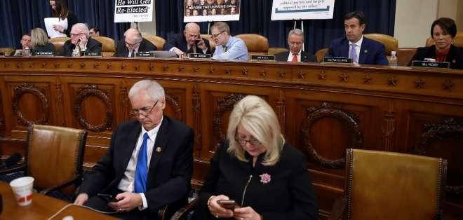 Cámara Baja de EEUU aprueba cargos para juicio contra Trump. Foto: AFP