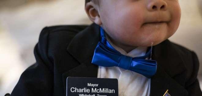 WHITEHALL, EE.UU.- El estreno del alcalde más pequeño del país tuvo lugar el 15 de diciembre. Foto: AFP