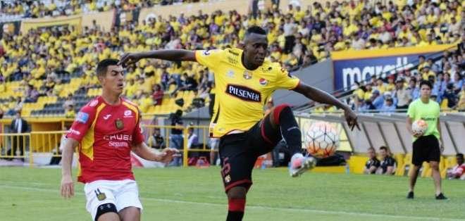 Beder Caicedo, lateral ecuatoriano.