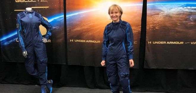 Ketty Maisonrouge ya se probó su traje espacial y está lista para el viaje. Foto: BBCMundo.com