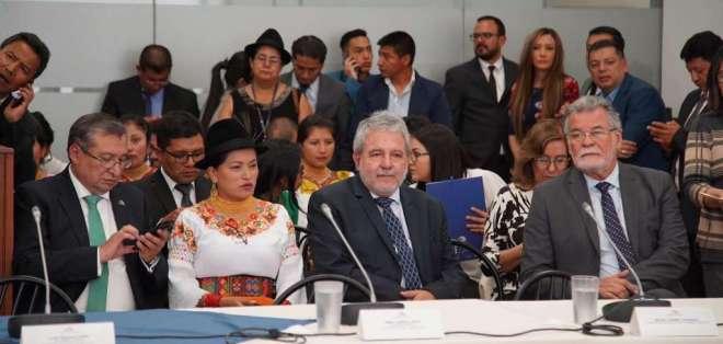 QUITO, Ecuador.- José Cabrera, Esthela Acero, Luis Verdesoto y Enrique Pita. Foto: API