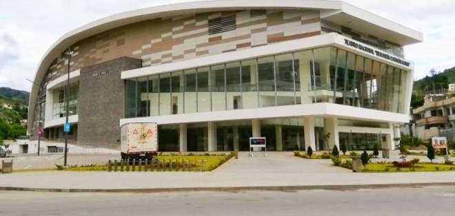 LOJA, Ecuador.- El teatro Benjamín Carrión se comenzó a edificar en 2011 y fue inaugurado 5 años después. Foto: Rosario Córdova.
