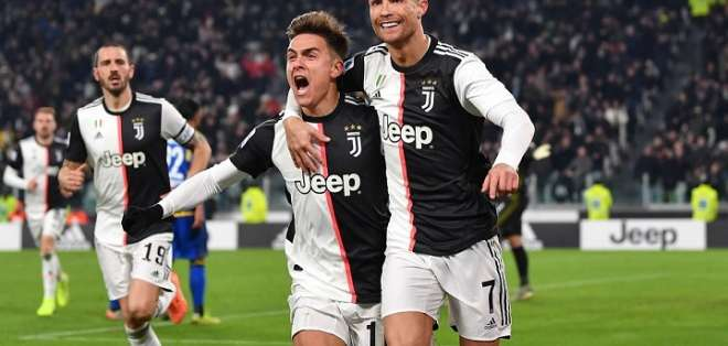 Dybala y Cristiano celebran el gol. Foto: Twitter.
