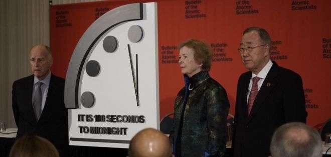 """El movimiento de este año hacia la """"medianoche"""" obedeció a la proliferación nuclear."""