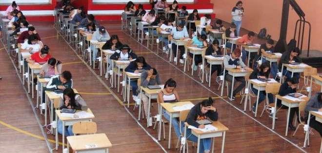 Cerca de 272.000 estudiantes fueron convocados a rendir el examen.