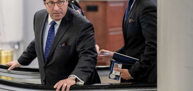 Jay Sekulow (i) es el abogado personal del presidente Trump. Foto: ALEX WROBLEWSKI / GETTY IMAGES NORTH AMERICA / AFP
