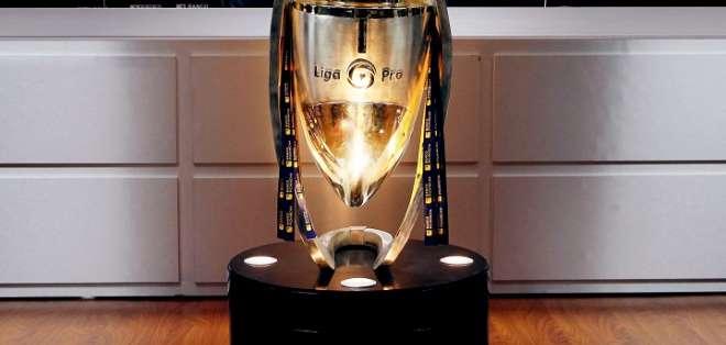 Trofeo de la LigaPro. Foto: LigaPro.