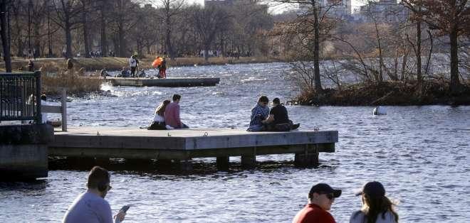 BOSTON, EE.UU.- En esta ciudad se registró un clima cálido extemporáneo para mediados de enero. Foto: AP