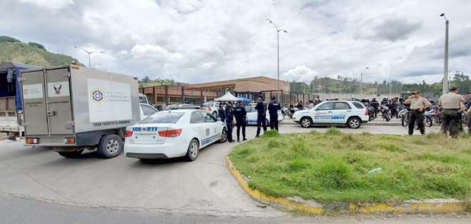 La Fiscalía investiga la muerte de seis reos dentro del Centro de Privación de Libertad de Turi - Azuay.