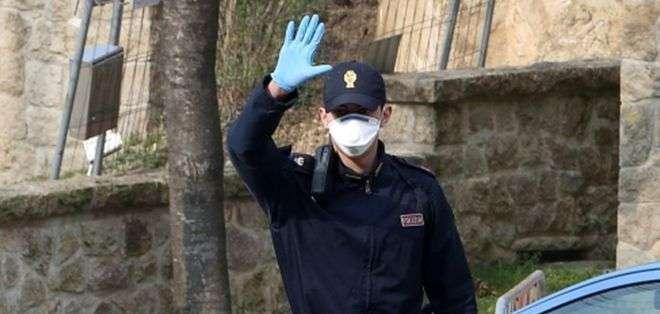 Italia está en estado de alerta por el aumento de casos, sobre todo en el norte del país. Foto: EPA
