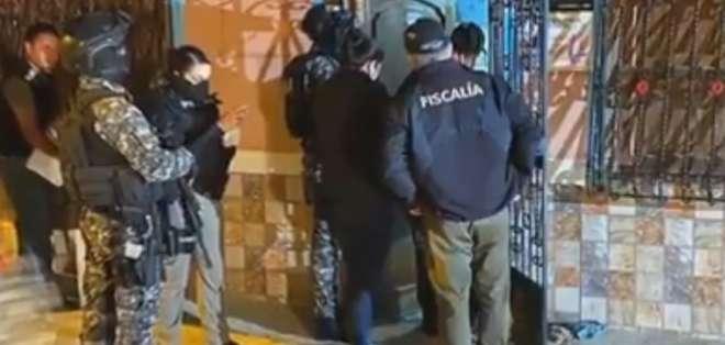 La Policía Nacional allanaron varios domicilios. Foto: Captura de pantalla