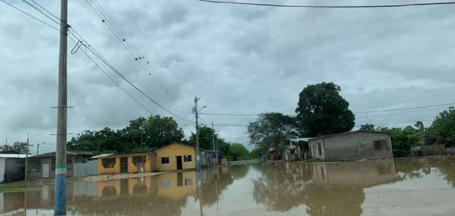 En Santa Elena, 3 parroquias rurales están en emergencia tras fuerte invierno. Foto: César Velasteguí / Ecuavisa