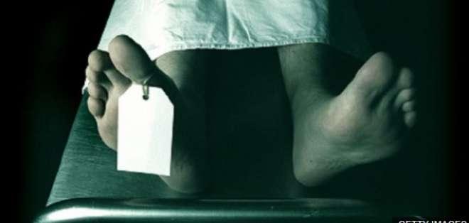 La Universidad París-Descartes fue acusada de dejar los cuerpos y restos humanos a merced de las ratas.