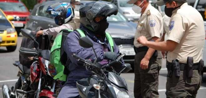 EL COE nacional definió las medidas ante el aumento de los contagios de COVID. Foto: TW Policía
