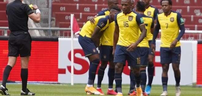 Jugadores de Ecuador celebran uno de sus goles. Foto: Tri.